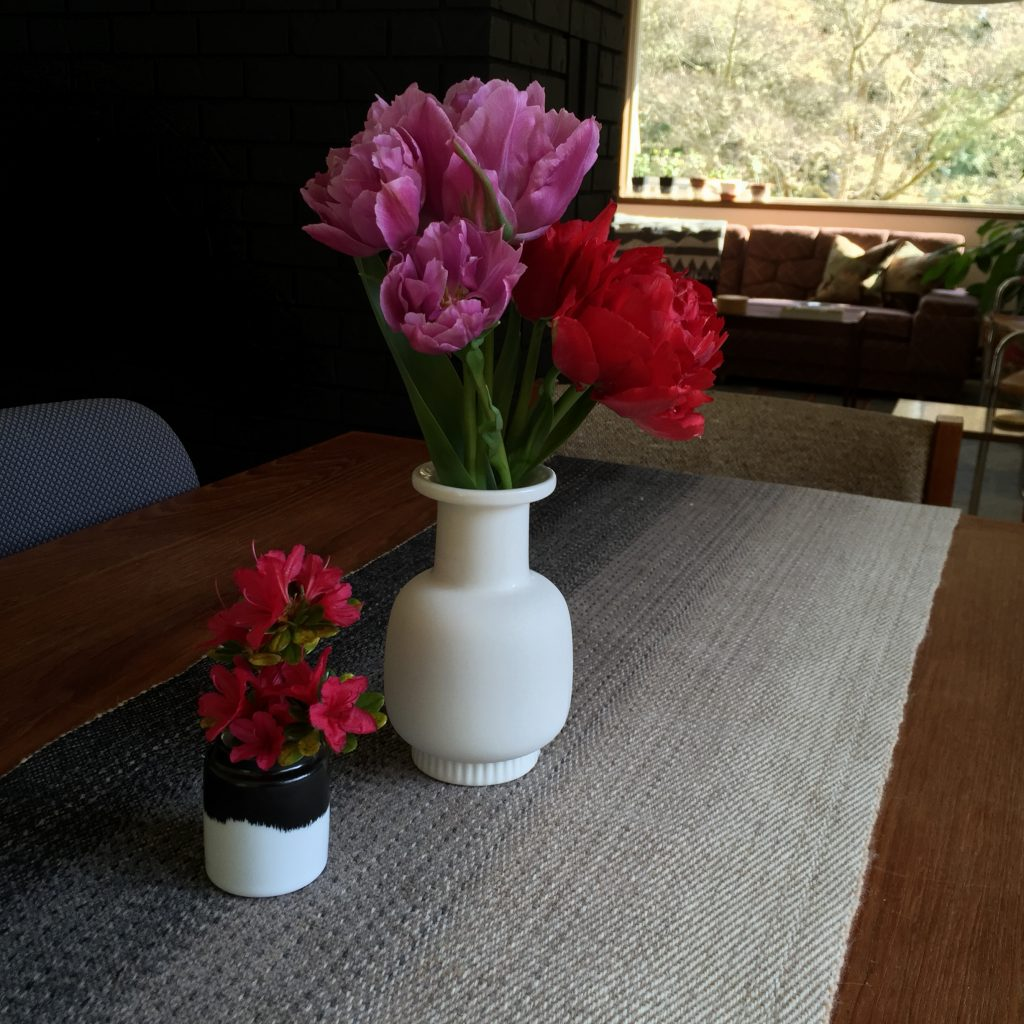 100% wool twill table runner with ombre effect and fresh flowers from our garden